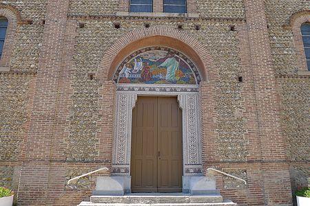 Façade église Sardieu